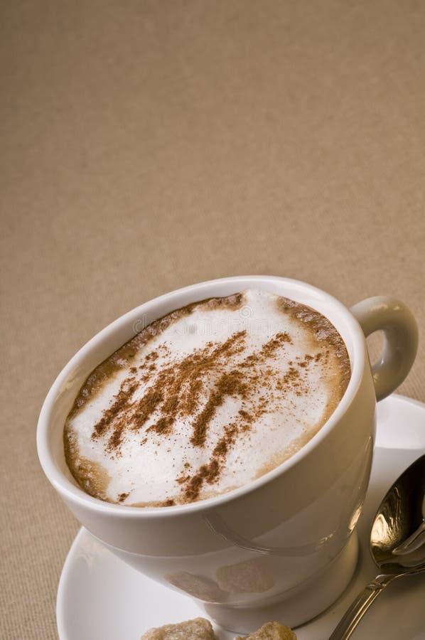 Copo de café do Cappuccino imagem de stock