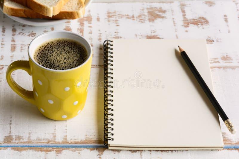 Copo de café preto do bom dia imagens de stock