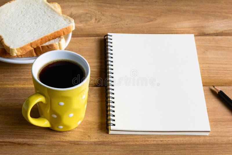 Copo de café preto do bom dia fotografia de stock royalty free