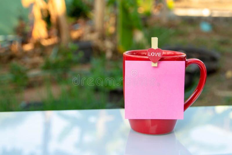 Copo de café vermelho fotos de stock royalty free