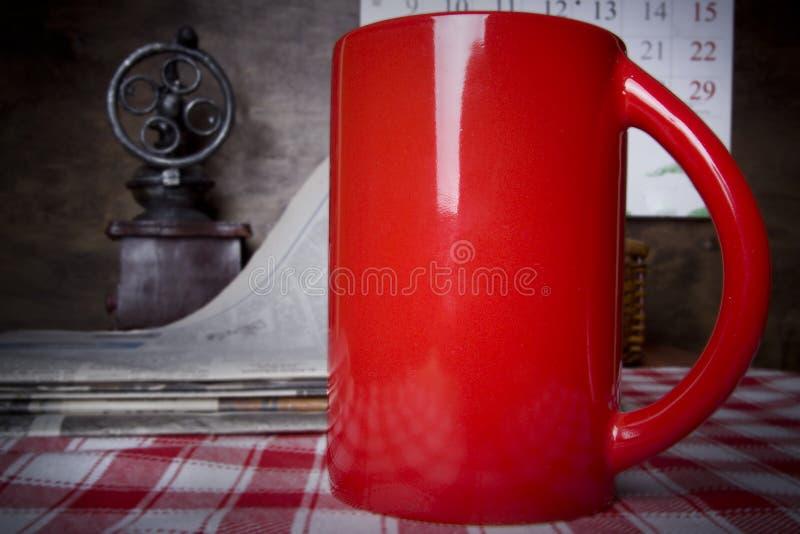 Copo de chá vermelho fotografia de stock royalty free