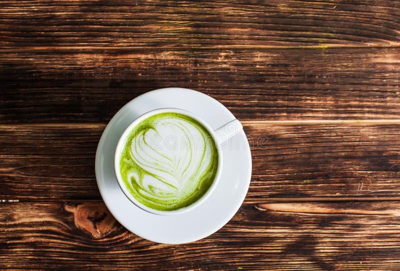 Copo do Latte de Matcha foto de stock