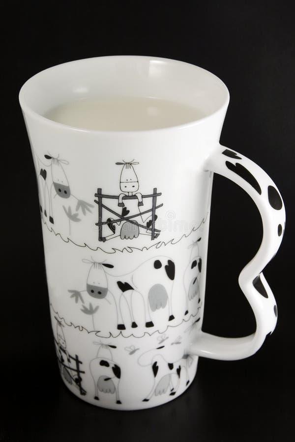 Copo do leite imagens de stock royalty free