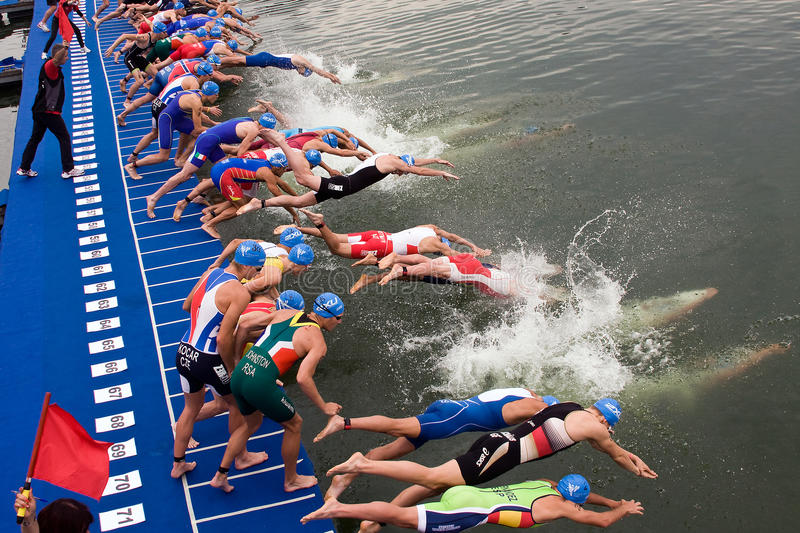 Copo europeu da sprint do Triathlon da UIT de Cremona imagem de stock