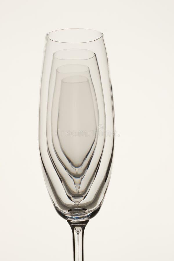 Copos de champanhe de vidro vazios transparentes fotografia de stock