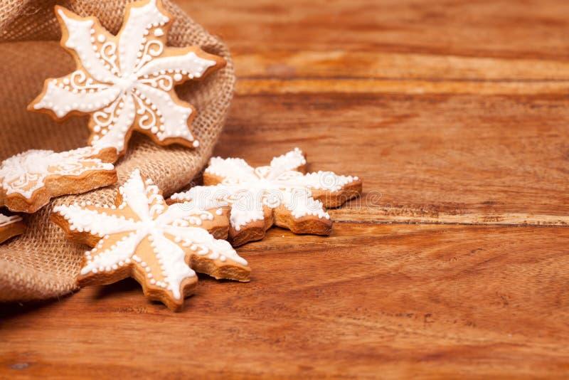 Copos de nieve del pan de jengibre fotos de archivo libres de regalías