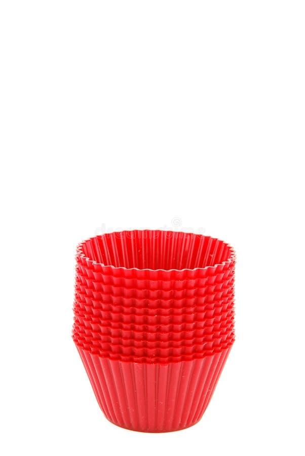 Download Copos Plásticos Vermelhos Para Bolos Pequenos No Branco Foto de Stock - Imagem de fundo, grupo: 12806254