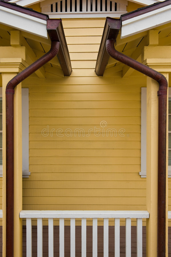 Free Copper Gutters Stock Images - 9248624