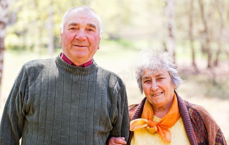 Coppie anziane felici fotografie stock