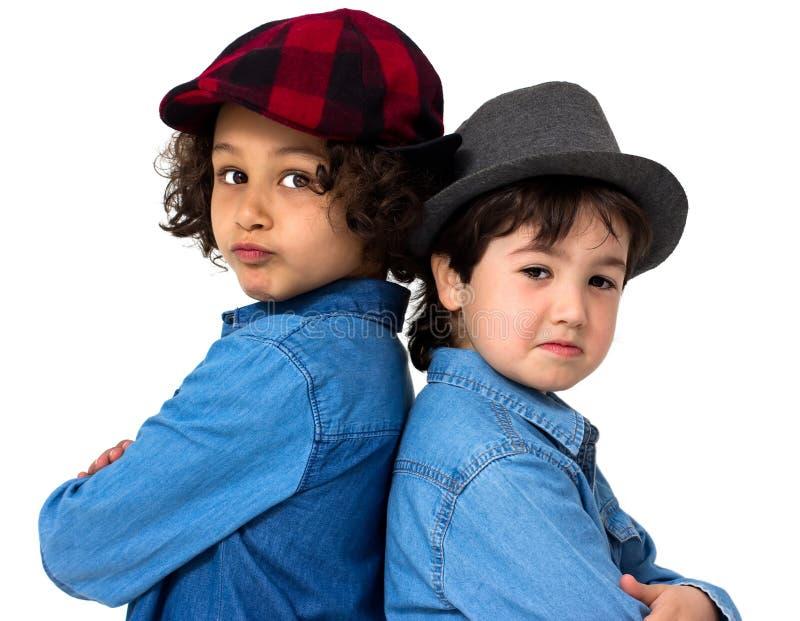 Coppie dei bambini immagini stock libere da diritti