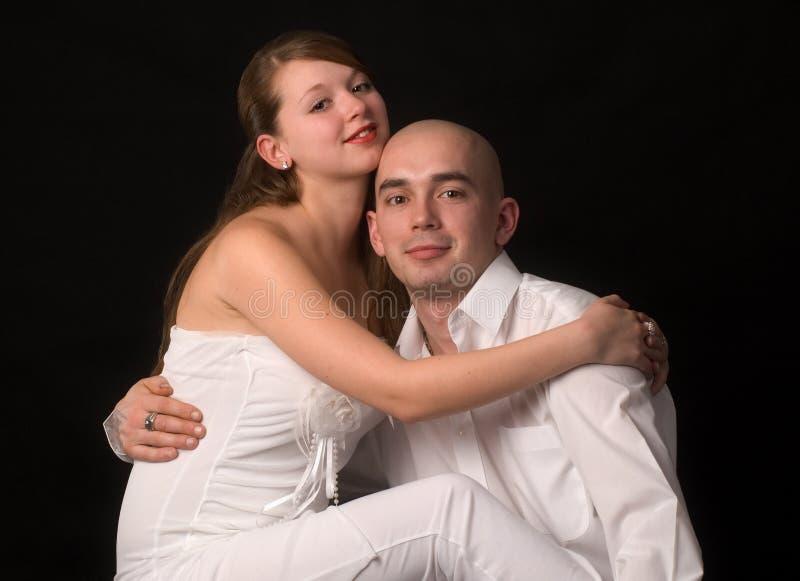Coppie dei giovani di bellezza. fotografia stock