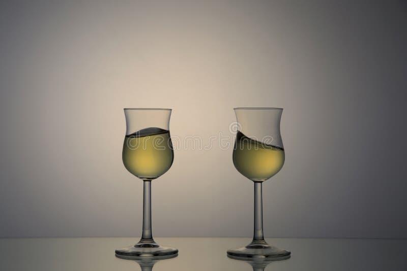 Coppie dei vetri della vinaccia fotografia stock