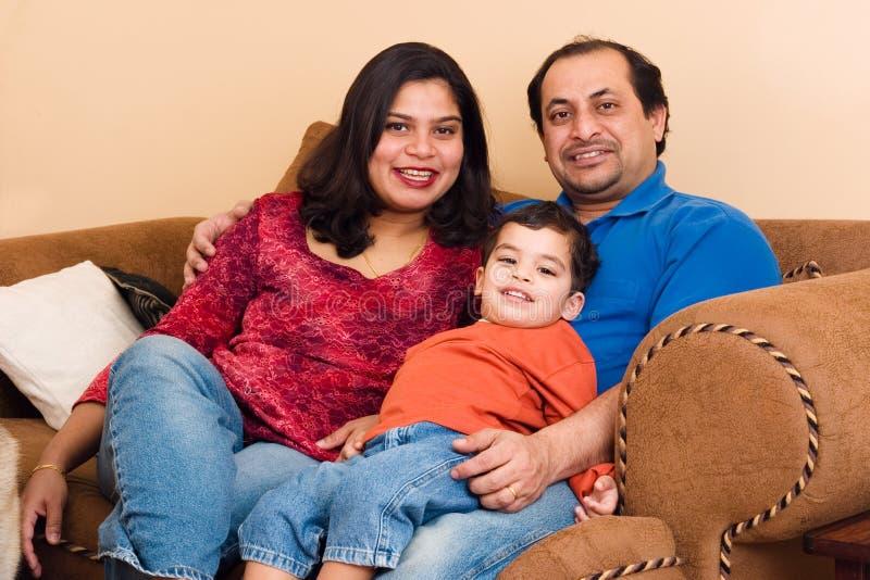 Coppie dell'indiano orientale con il loro fotografie stock