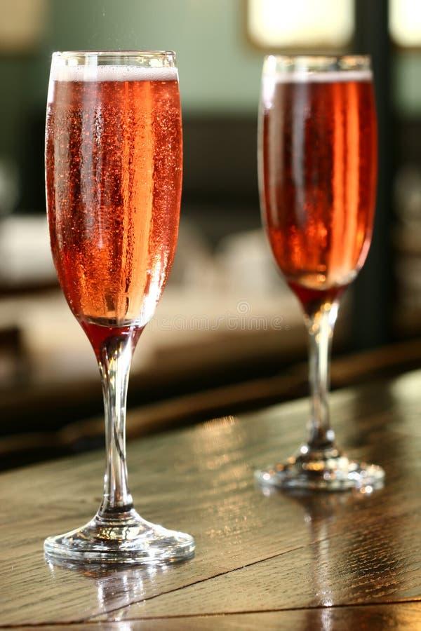 Coppie di champagne fotografie stock libere da diritti