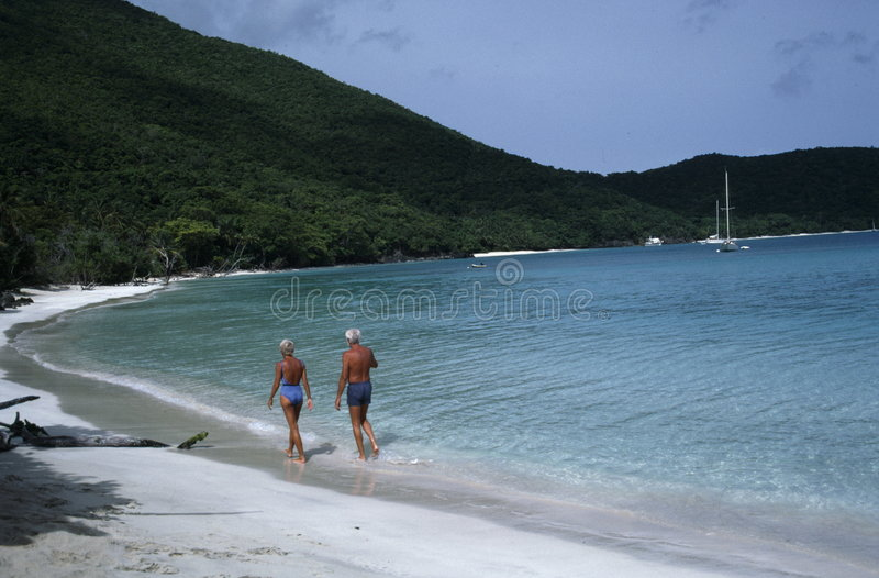 Coppie pensionate sulla vacanza fotografie stock libere da diritti