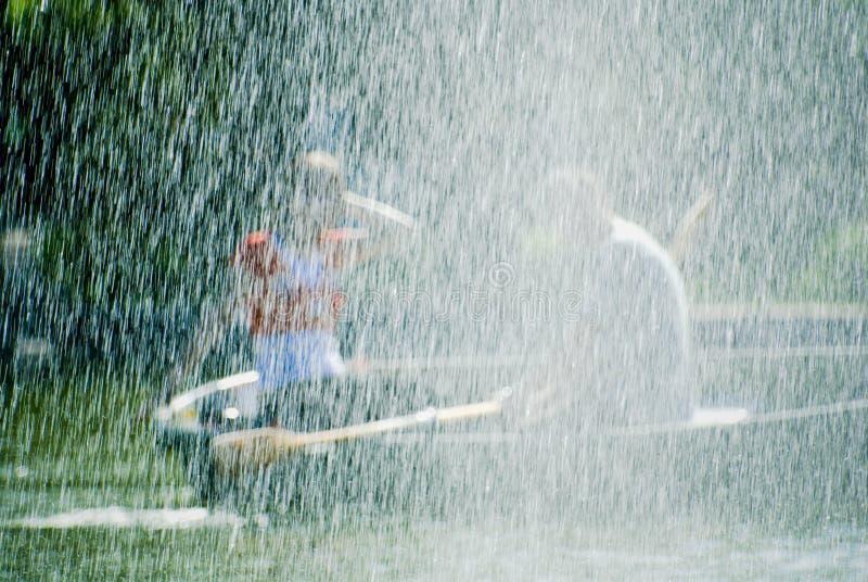 Coppie in rowboat fotografia stock libera da diritti