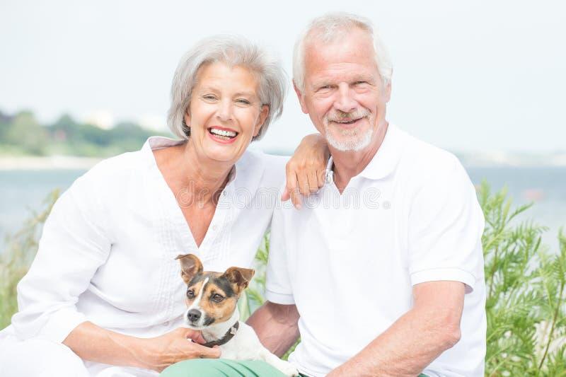 Coppie senior attive fotografie stock libere da diritti