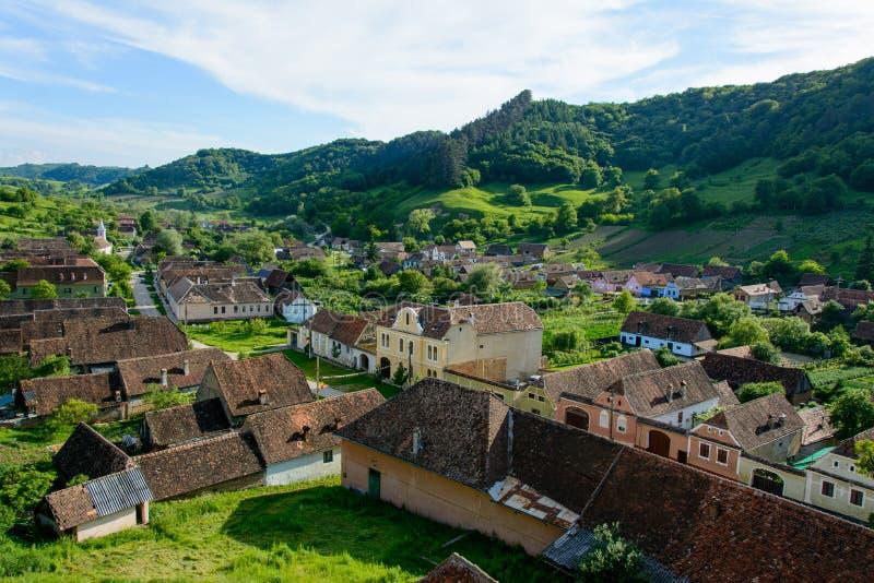 Copsa saxon Kobylia wioska z jego warownym kościół blisko Biertan, Sibiu okręg administracyjny, Transylvania, Rumunia obrazy royalty free