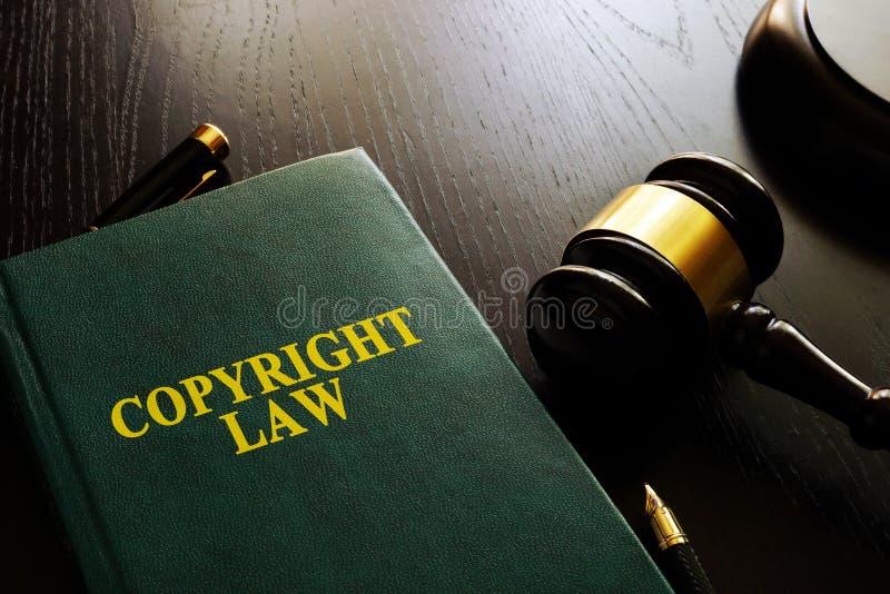 Copyright lag och auktionsklubba arkivfoton