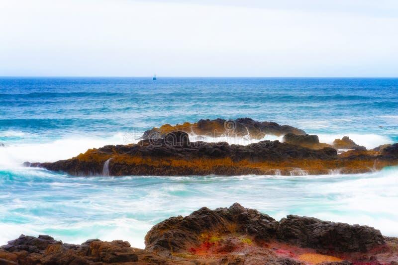 Copyspace delle caratteristiche geologiche sulla costa dell'Oregon immagine stock libera da diritti