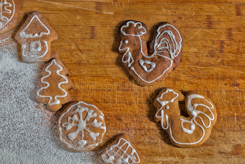 Coqs de mâles de pain d'épice de Noël photos libres de droits
