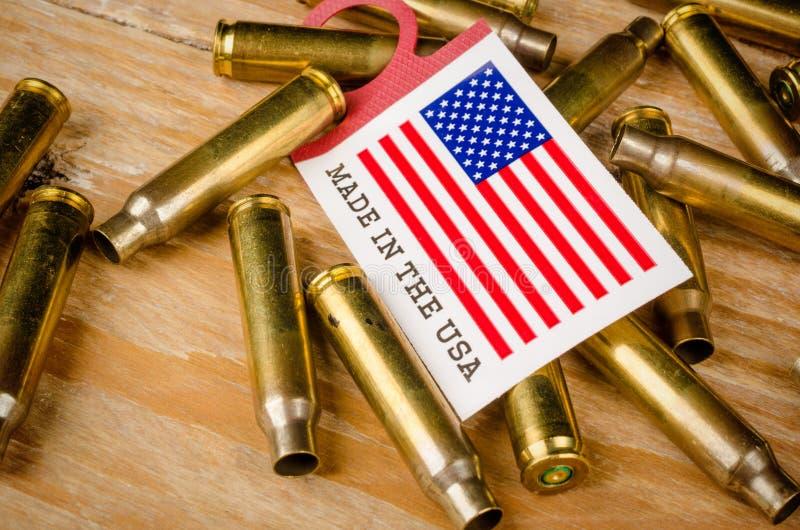 Coquilles de balle et drapeau des USA photos stock