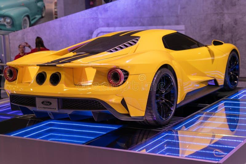 Cor amarela de Ford GT do carro fotos de stock