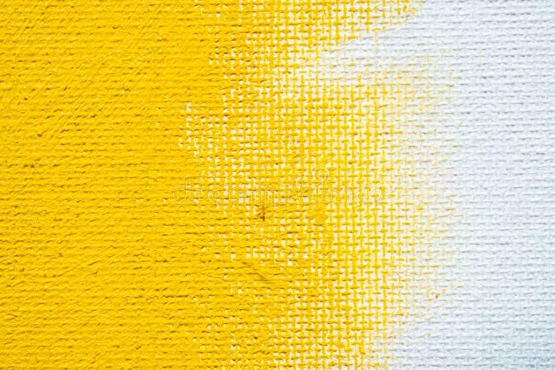 A cor branca do amarelo da beira do grunge do fundo amarelo abstrato com lona branca afia, textura do fundo do grunge do vintage fotografia de stock