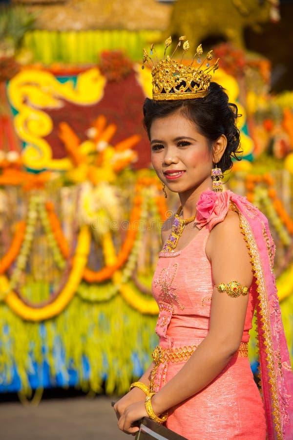 Cor-de-rosa da tiara da rainha de beleza da parada de Surin fotografia de stock
