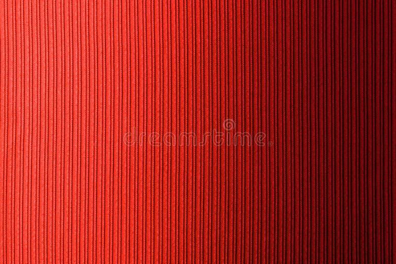 Cor vermelha do fundo decorativo, inclinação horizontal da textura listrada wallpaper Arte Projeto fotografia de stock