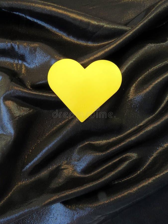Coração amarelo fotos de stock