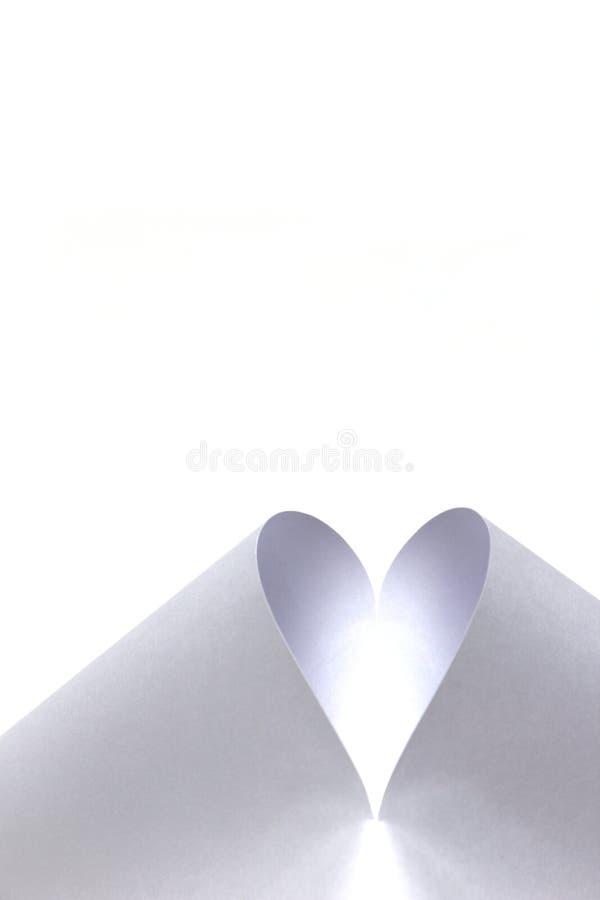 Coração branco criado do papel fotografia de stock