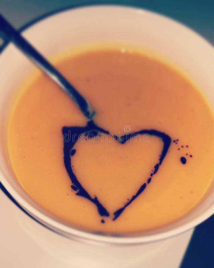 Coração da sopa da abóbora fotos de stock royalty free