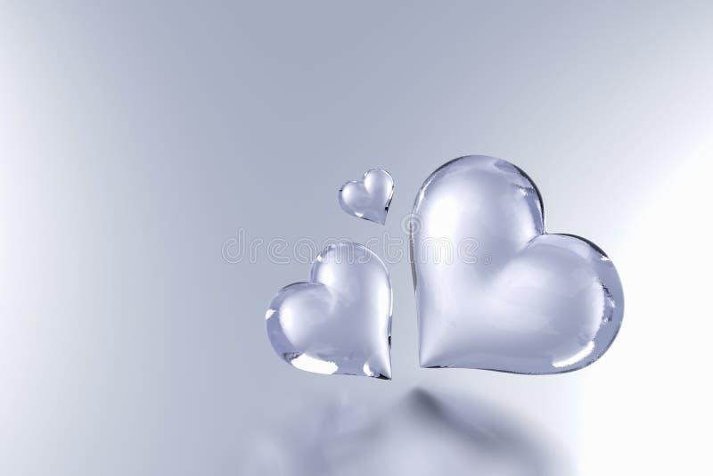 Coração de vidro no fundo cinzento da cor ilustração royalty free