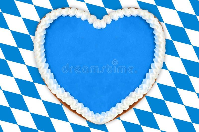 Coração do pão-de-espécie de Oktoberfest fotos de stock