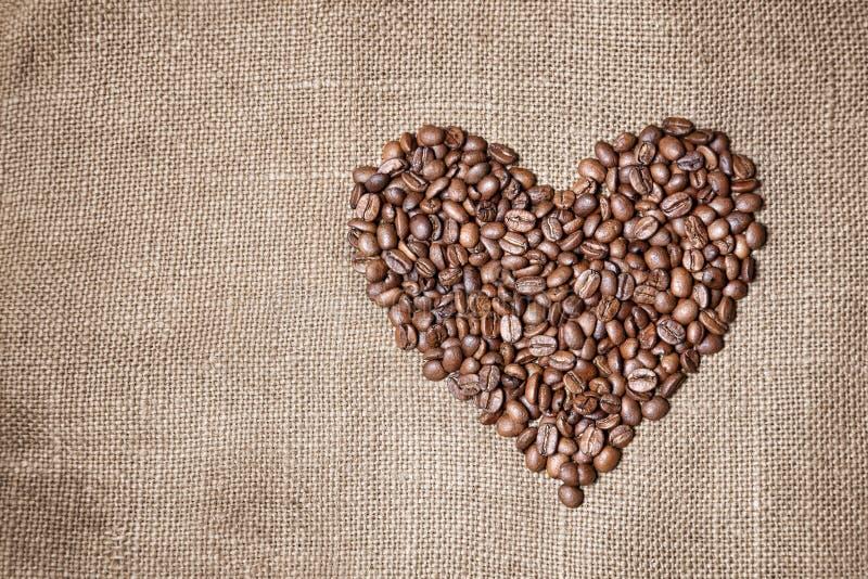 Coração dos feijões de café foto de stock