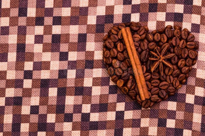 Coração feito a mão do café foto de stock