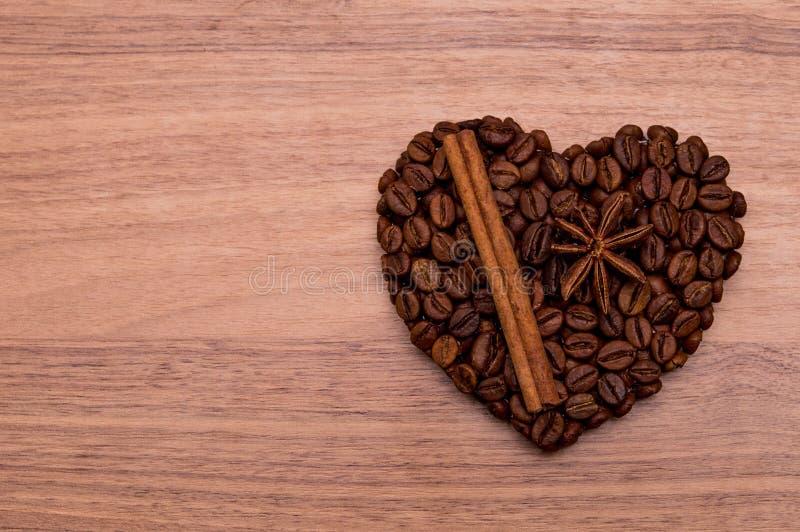 Coração feito a mão do café imagem de stock royalty free