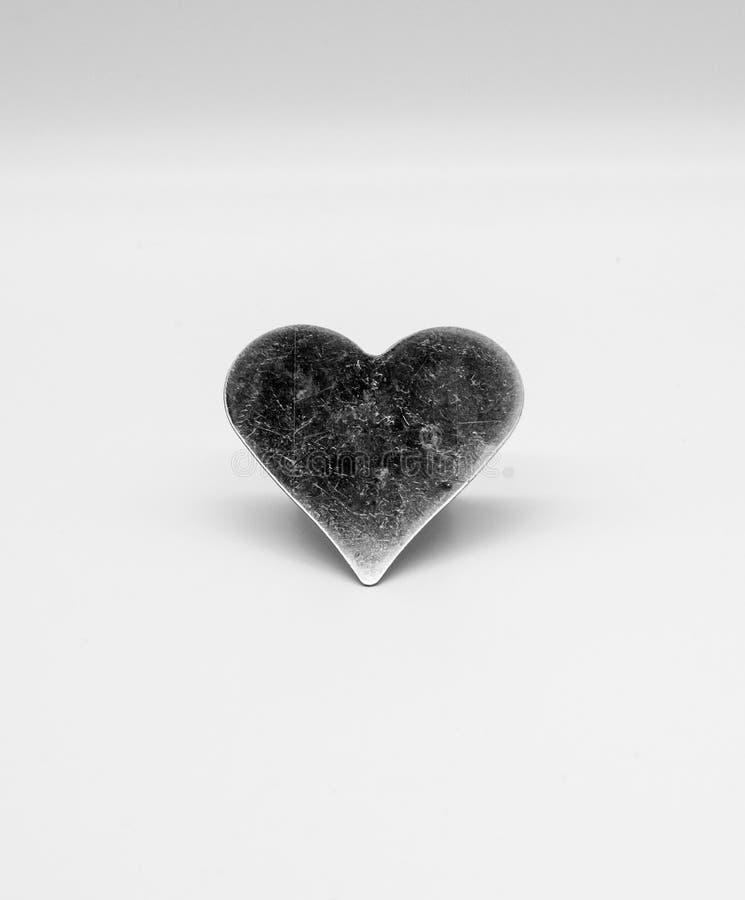 Coração riscado do metal fotografia de stock royalty free