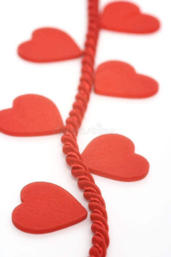 Corações em corda trançada imagens de stock royalty free