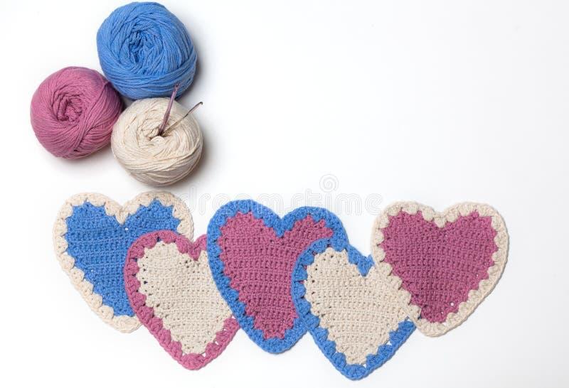 Corações feitos malha Crochet foto de stock
