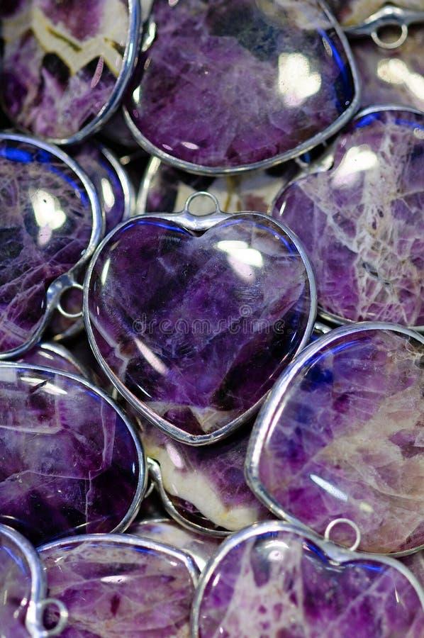 Download Corações roxos foto de stock. Imagem de roxo, jóia, prata - 16856022
