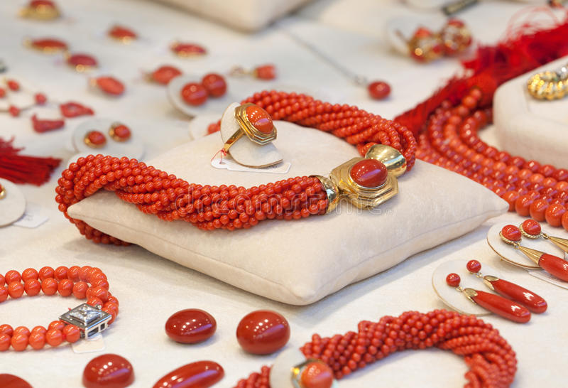 Cora del collar en joyería foto de archivo libre de regalías