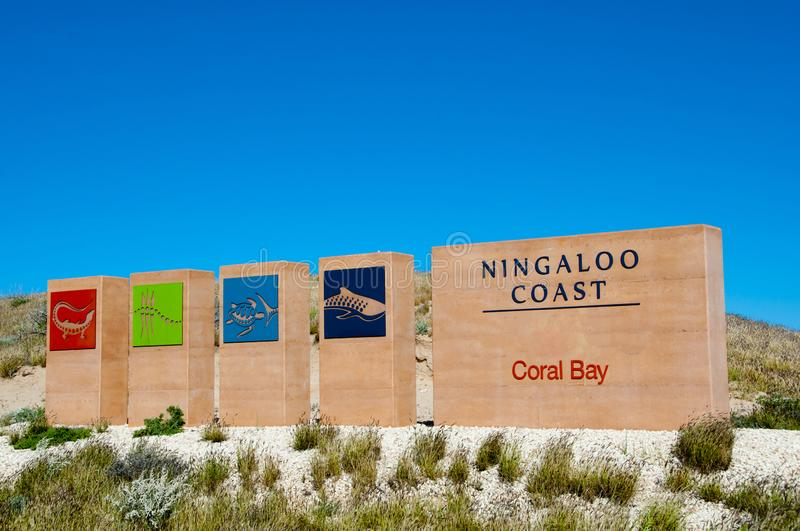 Coral Bay Welcome Sign imagem de stock royalty free