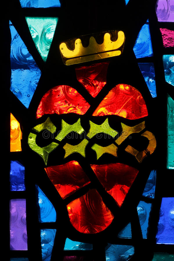 Corazón coronado imagen de archivo libre de regalías