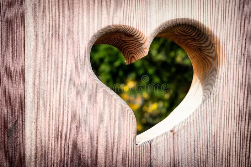 Corazón de madera fotografía de archivo libre de regalías