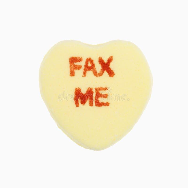 Corazón del caramelo en blanco. foto de archivo