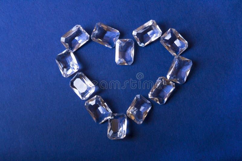 Corazón del diamante presentado imagen de archivo