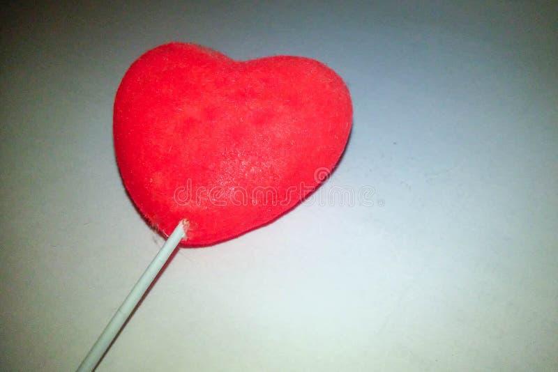 Corazón en el fondo blanco imagen de archivo