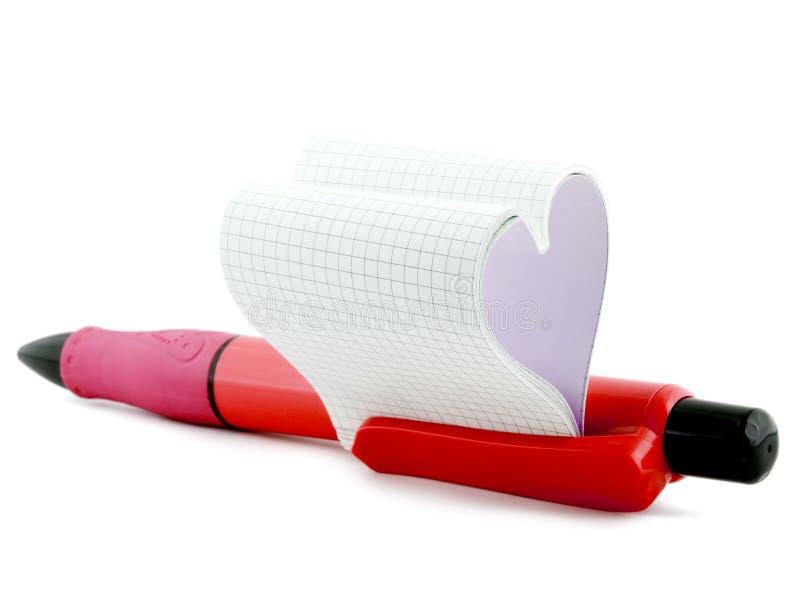 Corazón en pluma fotografía de archivo libre de regalías